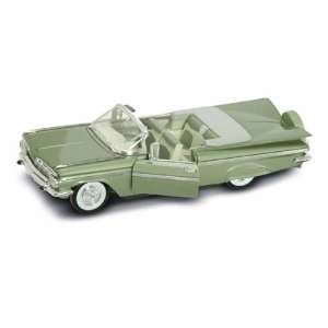 1959 Chevy Impala Convertible 1/18 Green: Toys & Games