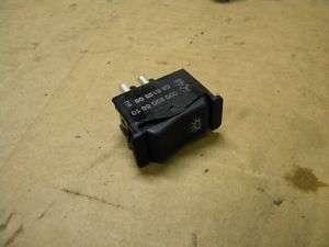 82 Mercedes W123 300D interior dome light switch