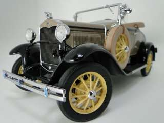 :High Detail 1931 MODEL A FORD DELUXE ROADSTER Danbury 1:24