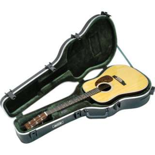 SKB 1SKB 18 Deluxe Acoustic Dreadnought Guitar Case