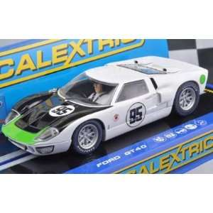 1/32 Scalextric Analog Slot Cars   Ford GT40 MkII   USA