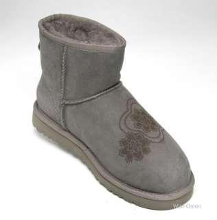 UGG Classic Mini Kimono Womens Grey Sheepskin Boot Size 7 US New