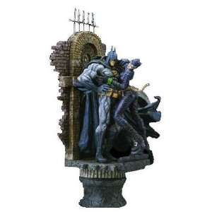 Batman & Catwoman Resin Statue Figure: Toys & Games