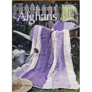 Flower Garden Afghans, 6 Crochet Designs (Leisure Arts