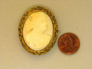 VICTORIAN LARGE CARVED CONCH CAMEO GILDED GOLD ANTIQUE BROOCH PENDANT