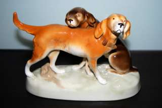 ROYAL DUX HUNTING DOGS PORCELAIN FIGURINE *MINT*