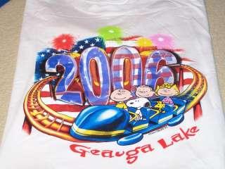 PEANUTS GANG Snoopy   2006 GEAUGA LAKE T Shirt MED New