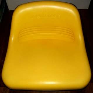 JOHN DEERE Lawn Tractor Seat With Safety Switch LT133 Model