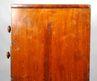 CENTURY ENGLISH GEORGE III MAHOGANY BOWFRONT CHEST OF DRAWERS / BUFFET