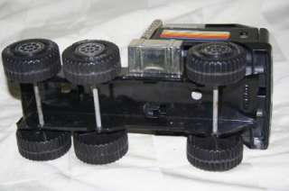 USA Tractor Trailer SEMI TRUCK Pressed Steel METAL Toy 1/25 |