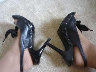well worn NINE WEST black Leather open toe high heels sz 6 nylon
