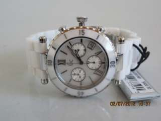 Collection G43001M1 Womens Diver Chic White Ceramic Chronograph Watch