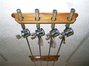 Inshore ceiling 4 rod rack pole holder display