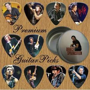 Springsteen Premium Guitar Picks X 10 In Tin (T): Musical Instruments
