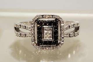 32CT ROUND CUT BLACK & WHITE DIAMOND RING SIZE 6.5