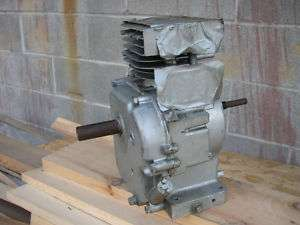 BRIGGS & STRATTON SHORT BLOCK BRAND NEW NOS
