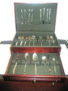 WILLIAM ROGERS & SONS INTL SILVER 1961 GAIETY PATTERN & CASE |
