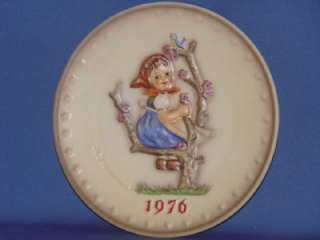 1976 APPLE TREE GIRL HUMMEL PLATE