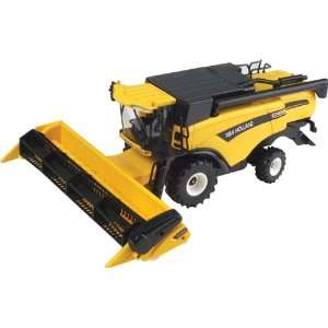 Britains 40527   Elite New Holland CX880 Combine Harvester: .co
