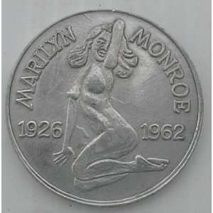 Joe DiMaggio Marilyn Monroe Aluminum Commemorative Coin